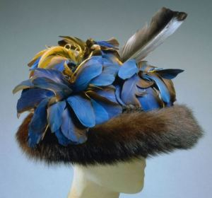 Fur-and-Feather-Hat-Schiaparelli-1948
