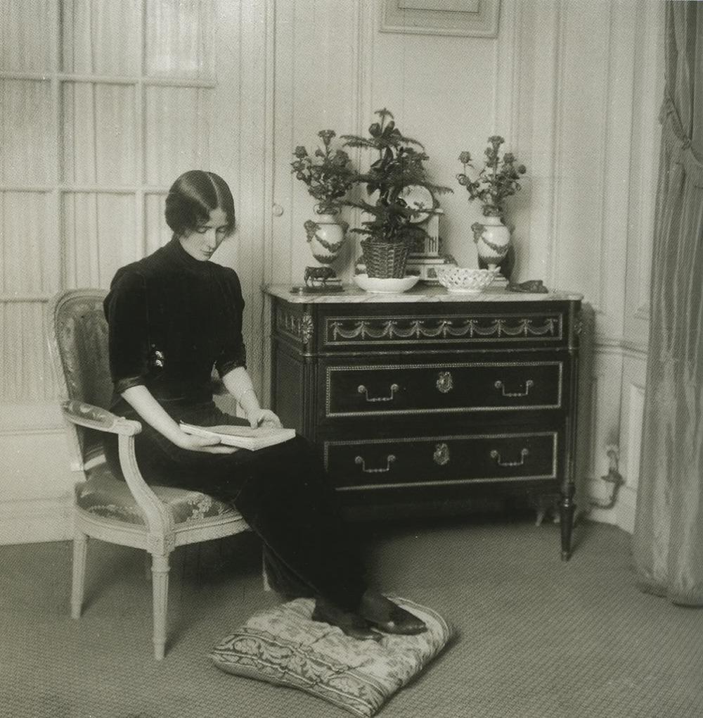 cleo_de_merode-at home 1910